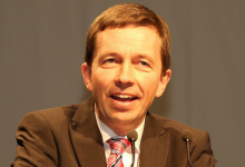 "AfD-Chef Lucke zu PEGIDA & Co.: ""Ich finde die Demonstrationen gut"""