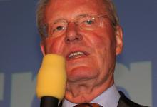 AfD-Richtungsstreit: Ex-Parteivize Henkel will Lucke-Kritiker Pretzell aus EU-Gruppe werfen