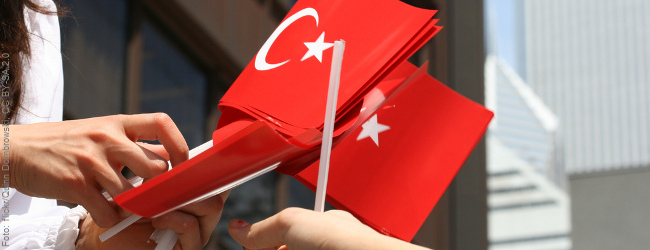 """Ankara und die Migrationswaffe: Türkischer Minister droht mit neuer """"Flüchtlings""""welle"""