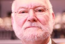 """EU-Abgeordneter Starbatty: Thüringens AfD-Chef Höcke ist """"aufgeblasener Studienrat"""""""