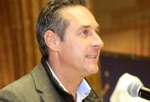 Österreich: Rechte FPÖ baut Umfrage-Vorsprung auf Regierungsparteien auf 8 Prozent aus