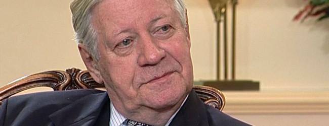 """Altkanzler Helmut Schmidt: """"Wir müssen eine weitere Zuwanderung aus fremden Kulturen unterbinden"""""""