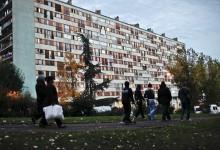 Zuwanderung brutal: Reihenhaussiedlung in Pankow bekam Asylanten-Plattenbau vor die Nase