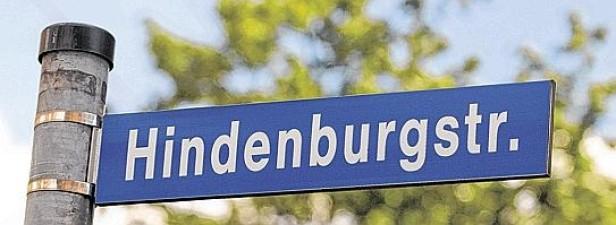 """Politisch korrekte Vergangenheitsbewältigung: Lübecker Hindenburgplatz heißt jetzt """"Platz der Republik"""""""