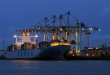 Amerikanisches Flüssiggas-Geschäft wackelt: Deutsche Umwelthilfe will gegen LNG-Terminals klagen