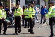 EILMELDUNG: Schüsse vor britischem Parlament – Polizist niedergestochen