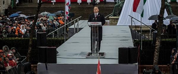 """Ungarns Präsident Orbán: Warnung vor Soros, Zuwanderung und """"Mischvölkern"""""""