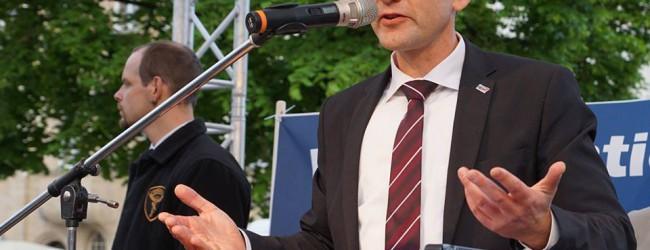 Nach den AfD-Erfolgen in Sachsen und Brandenburg: Höcke fordert mehr Gewicht der Ost-Verbände