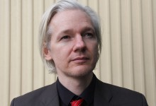 Assange droht lebenslänglich: USA stellen Auslieferungsgesuch