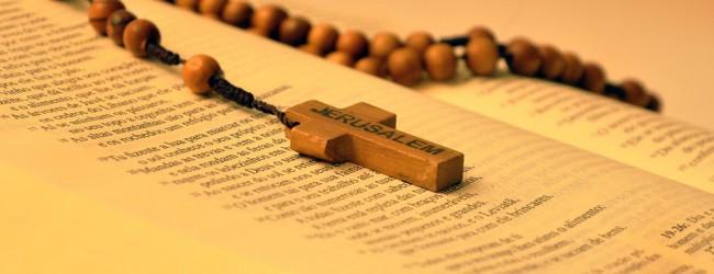 Zeitgeistanbetung: Kirchen wettern gegen den AfD-Parteitag