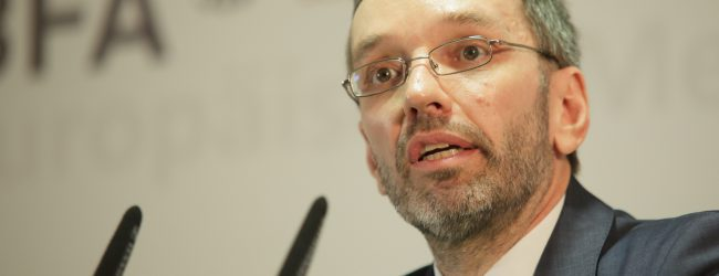 Absage an offene Grenzen: Kickl will weiterhin an EU-Binnengrenzen kontrollieren lassen