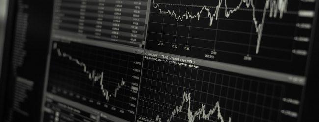 Nach Corona-Engpässen jetzt Lieferprobleme: Deutsche Wirtschaft bricht ein