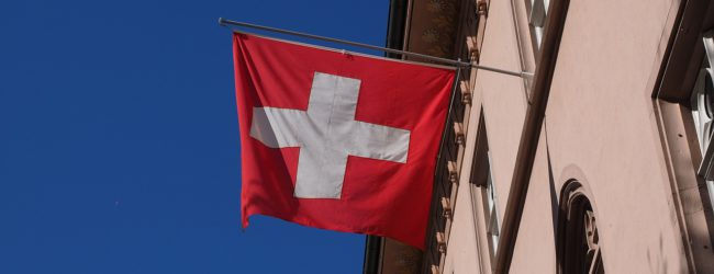 """Einig beim Grenzschutz und gegen Illegale: Schweiz tritt der """"Plattform gegen illegale Migration"""" bei"""